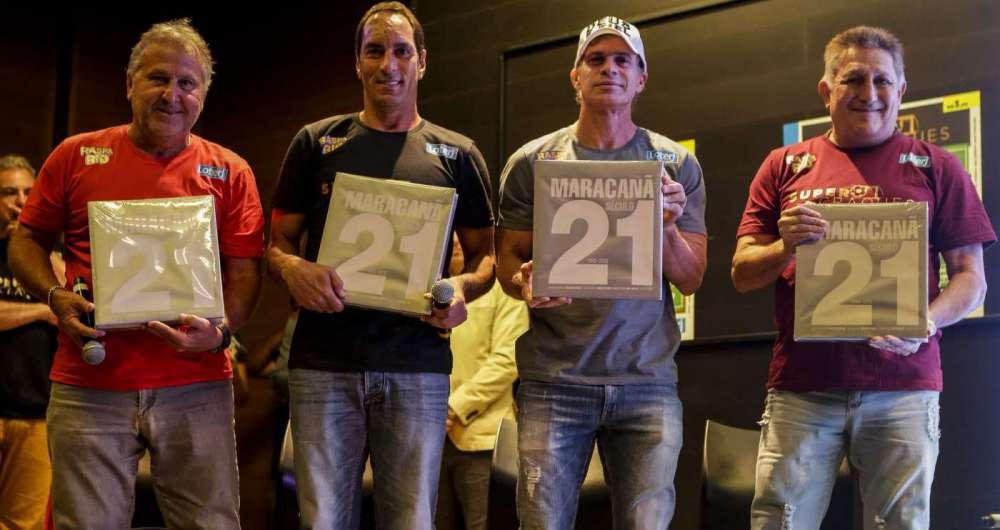 Zico, Edmundo, Túlio e Romerito: ídolos na apresentação da Raspa Rio Super Craques, no Maracanã