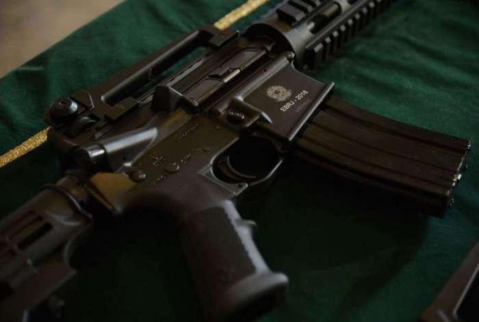 Polícia Civil cumpre mandados no Distrito Federal para desarticular esquema de tráfico de armas