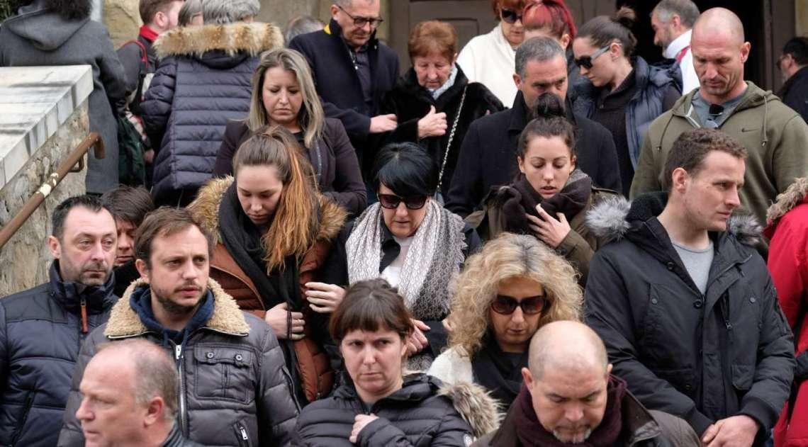 O pa�s homenageou neste domingo as quatro v�timas fatais de Radaouane Lakdim