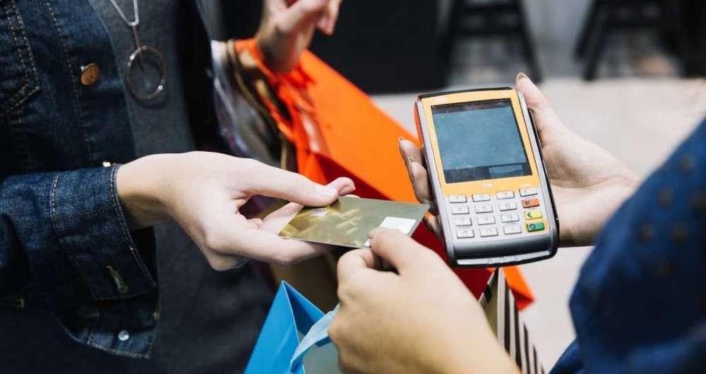 Hackers roubam dados de milhões de cartões nos EUA