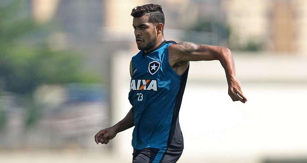 O artilheiro Brenner � uma das armas do Botafogo para a decis�o do Campeonato Carioca, no domingo