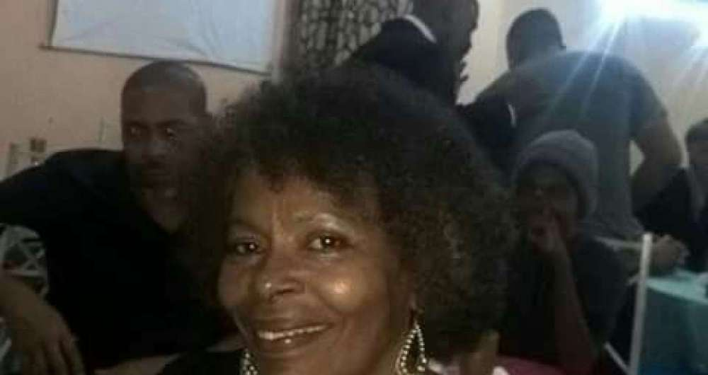 Claudete de Oliveira, 66, ficou presa por 10 dias por engano