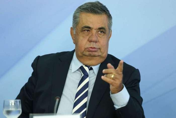 Por motivo de saúde, o presidente da Assembleia Legislativa, Jorge Picciani, obteve na Justiça o direito de cumprir prisão preventiva em casa