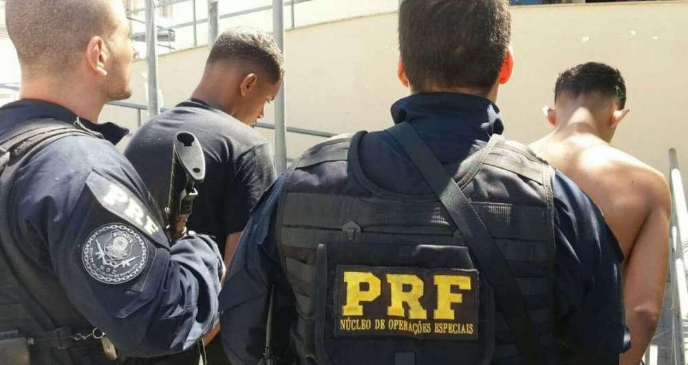 Suspeitos de tráfico foram presos pela PRF em Itaboraí