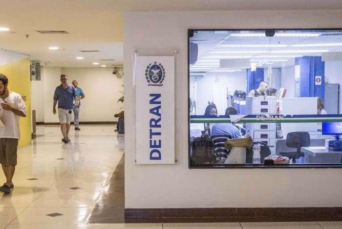 Detran prevê gasto milionário para a escolta de documentos pelo estado