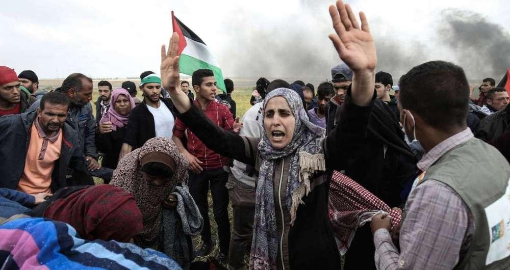 Palestinos na fronteira com Israel, no maior protesto dos �ltimos anos