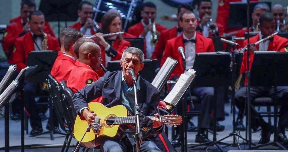 Fagner em apresentação no Theatro Municipal do Rio