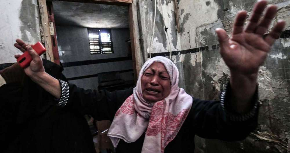 Confrontos após protestos na faixa de Gaza deixam ao menos sete mortos