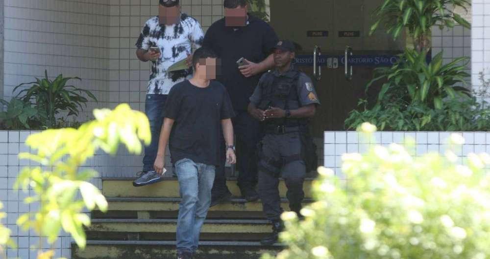 Criança é assassinada em assalto no Rio Janeiro