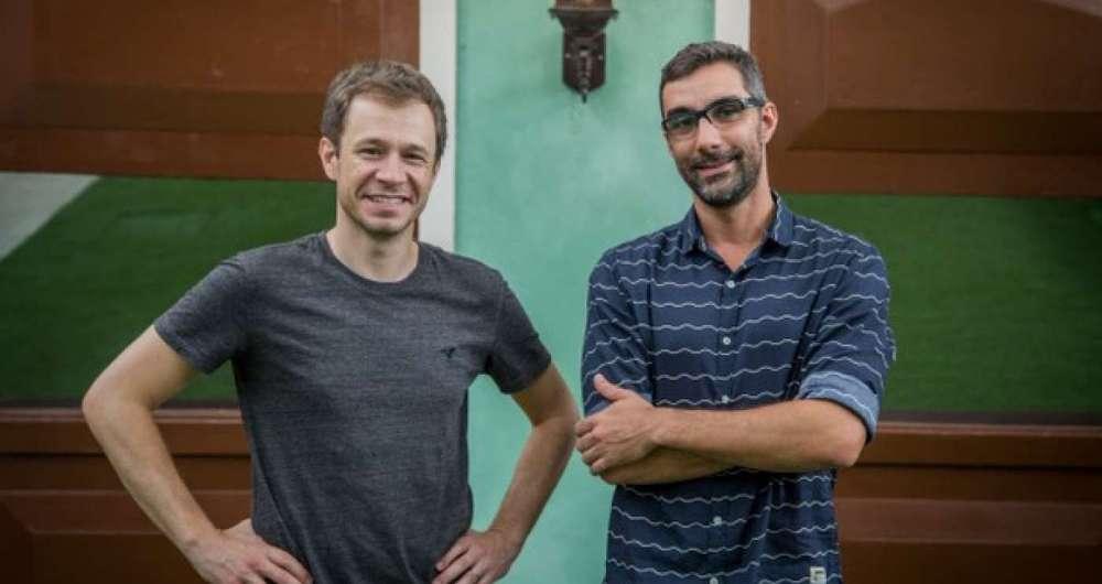 Diretor Rodrigo Dourado e o apresentador Tiago Leifert