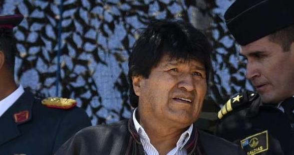 O presidente da Bolívia, Evo Morales, prestou solidariedade ao ex-presidente Lula e declarou estar junto aos líderes populares