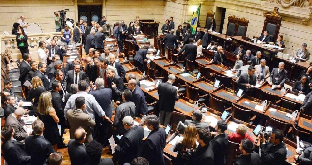 Câmara dos Vereadores do Rio vai votar texto de taxação de inativos