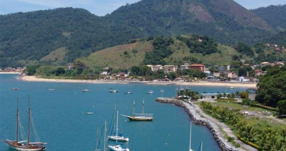 Distrito de Mangaratiba recebe turistas para acesso � Ilha Grande
