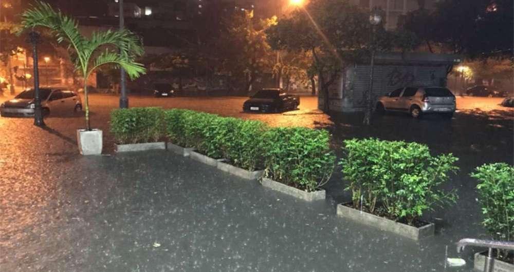 Rio tem registro de chuva forte em diversos pontos