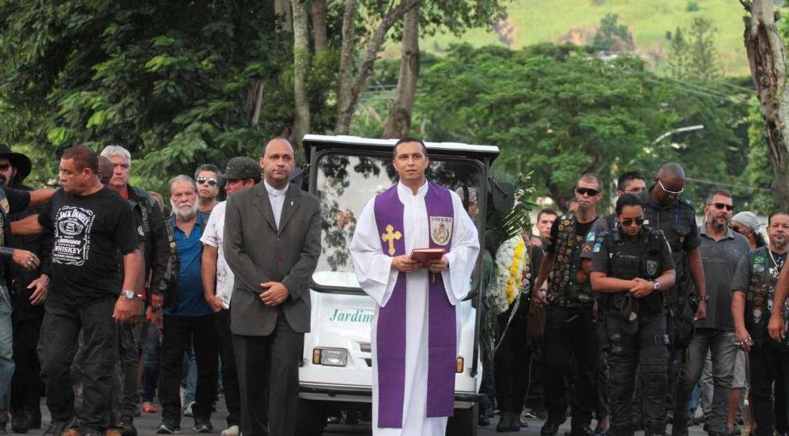 O subtenente Marcílio de Melo Ferreira foi enterrado no Cemitério Jardim da Saudade, em Sulacap