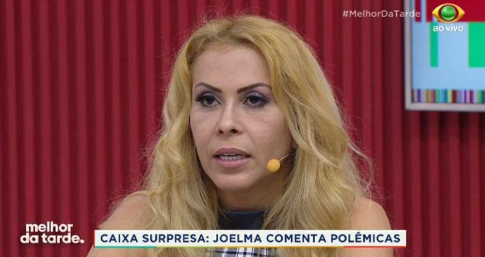 Joelma fala sobre sua inf�ncia em programa de TV