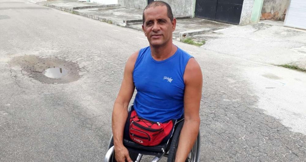 Jadir foi arrancado do carro durante assalto e teve se arrastar por 100 metros para pedir ajuda
