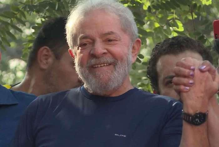 Lula pode ser solto ainda neste domingo