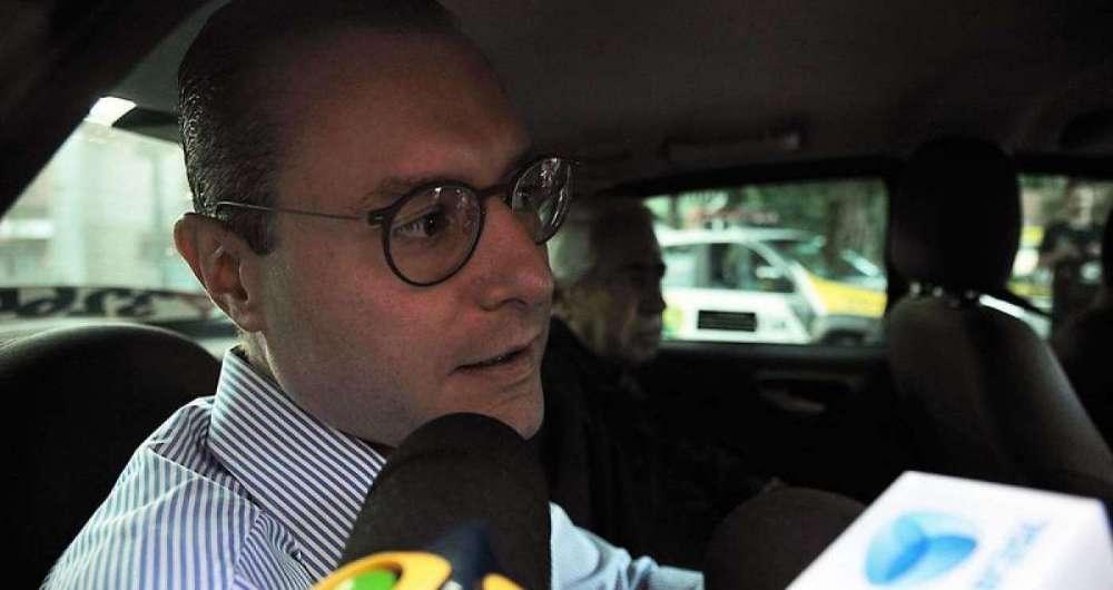Cristiano Zanin fala a imprensa ap�s visita ao ex-presidente Lula