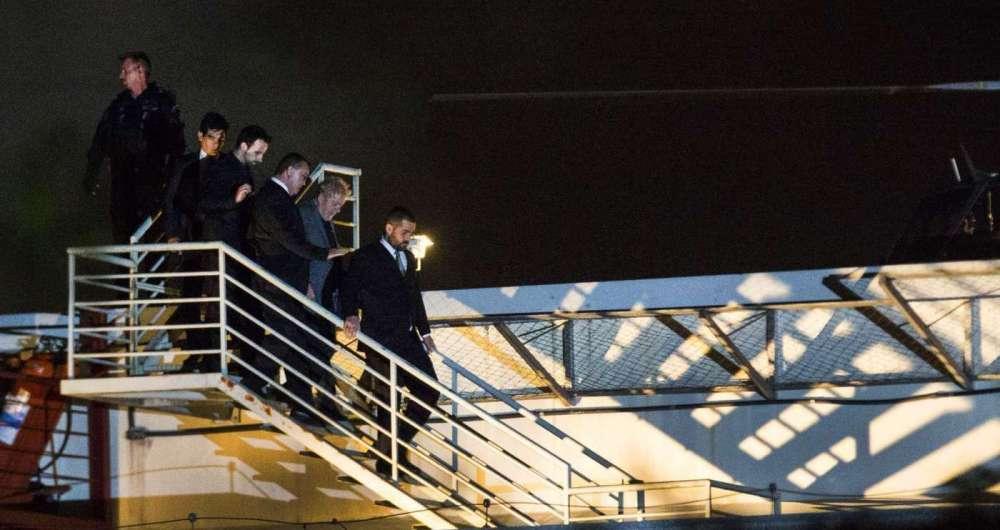 Ex-presidente Lula chegou de helicóptero ásede da Superintendência da Polícia Federal onde começou a cumprir pena.