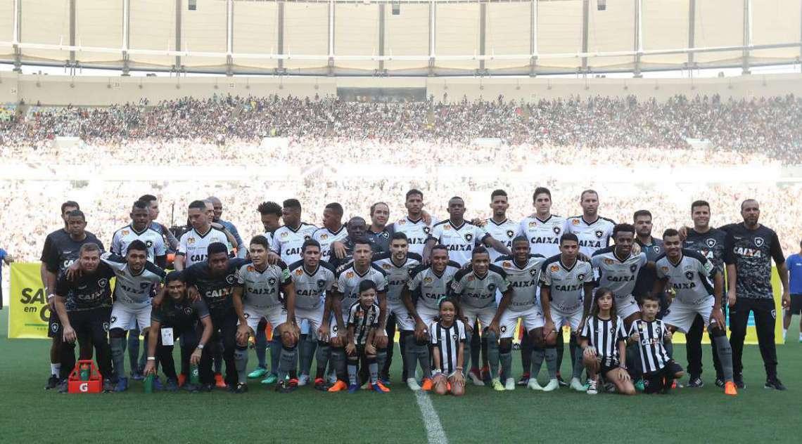Botafogo conquistou o Carioca pela 21ª vez na competição