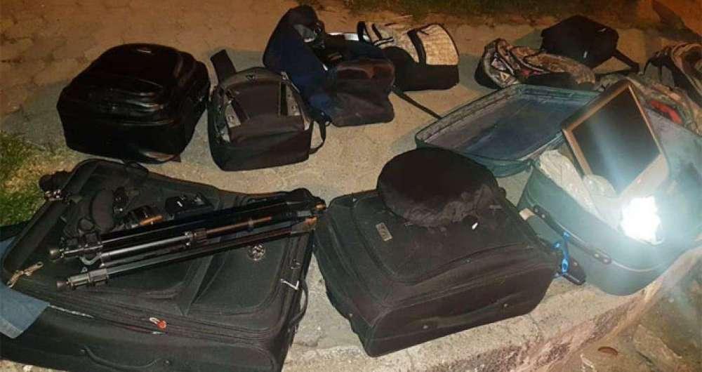 Policiais recuperaram os pertences das v�timas e resgataram o ref�m