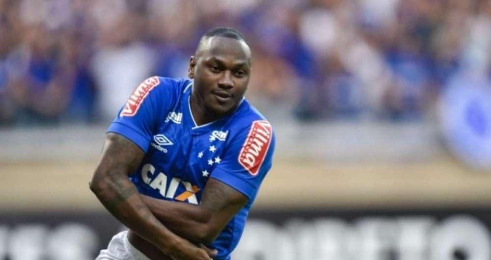 Sass� sonha em jogar no Flamengo