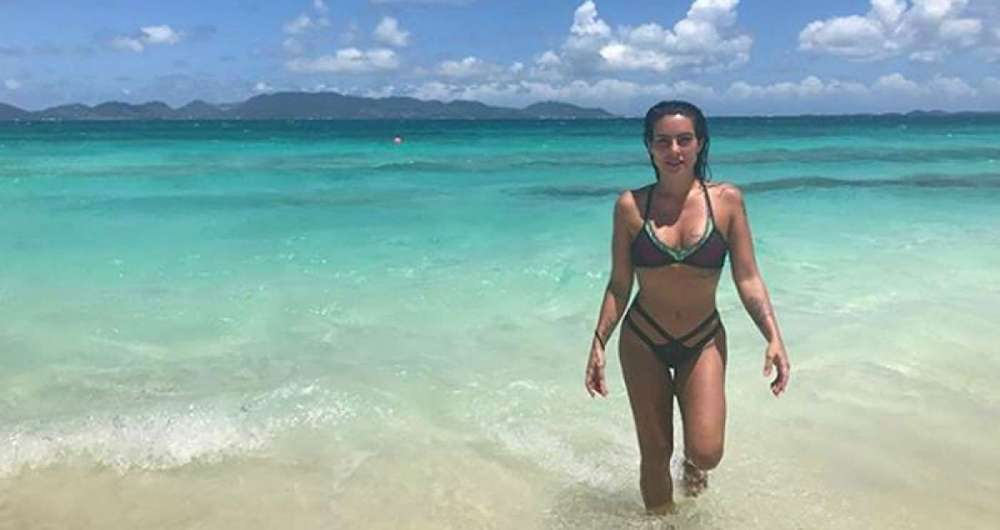 Cleo Pires relembra viagem para Anguilla
