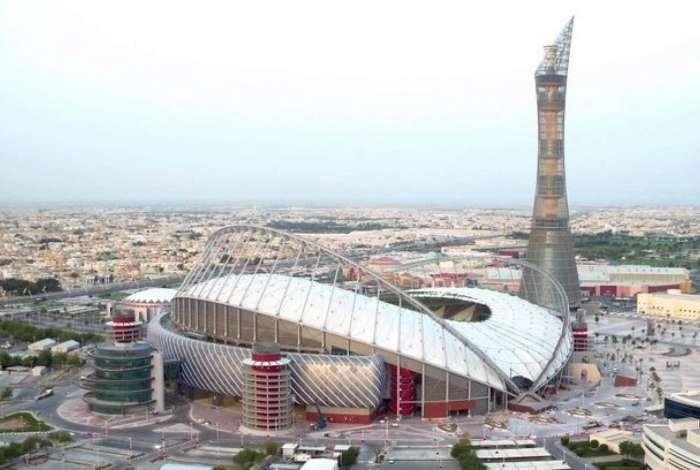 Estádio Khalifa Internacional, que será usado para o Mundial do Catar, em 2022