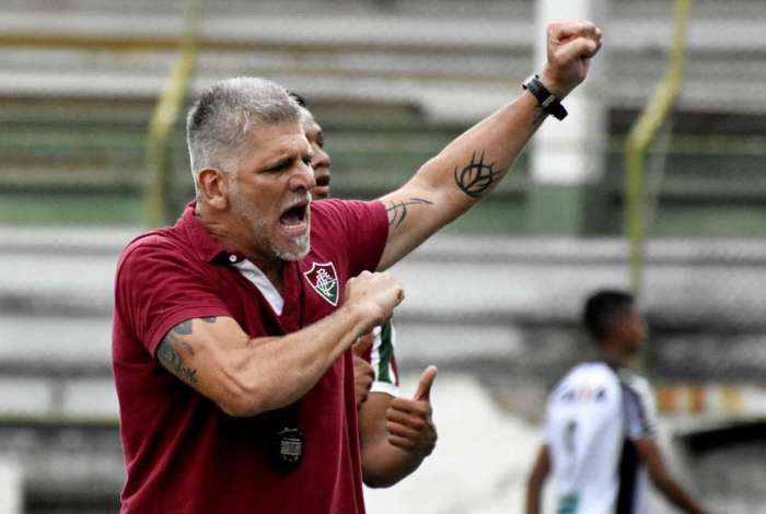 Leo Percovich comanda o Sub-20 do Fluminense
