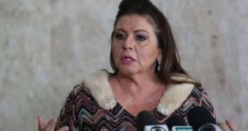 Governadora de Roraima, Suely Campos, quer fechar a fronteira do estado com a Venezuela