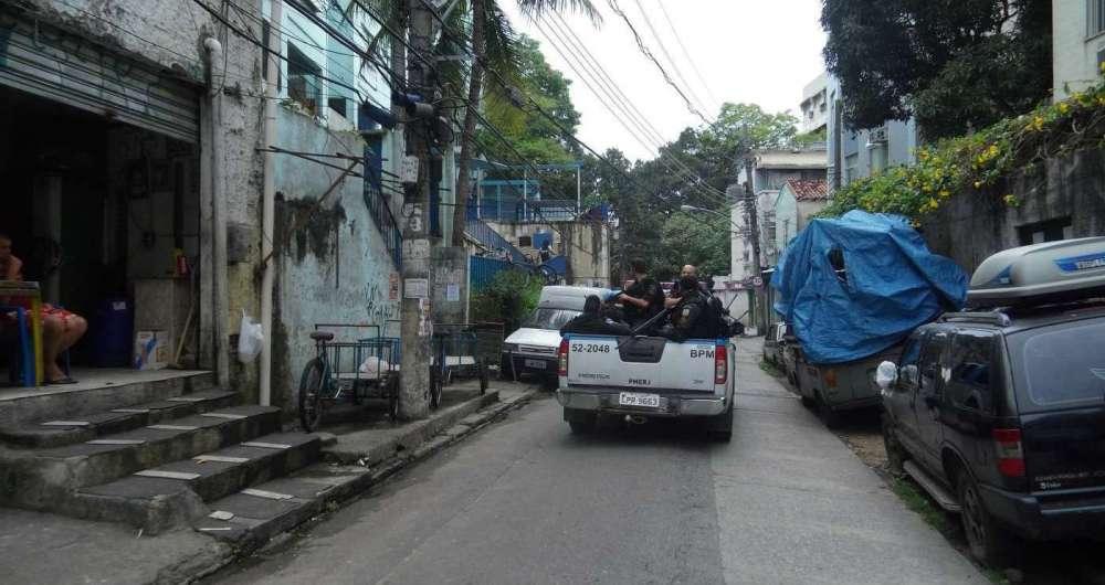 Tiroteio na Favela Pav�o Pav�ozinho e Cantagalo assusta moradores