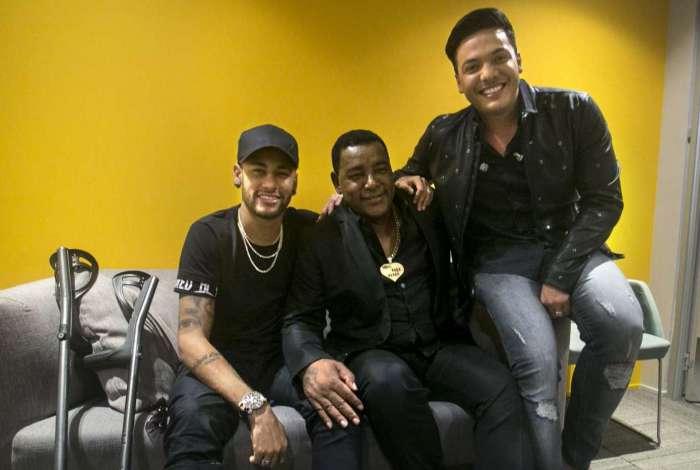 Neymar grava o 'Altas Horas'