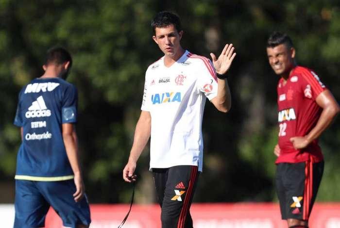 Barbieri comandou o Flamengo contra o Vitória