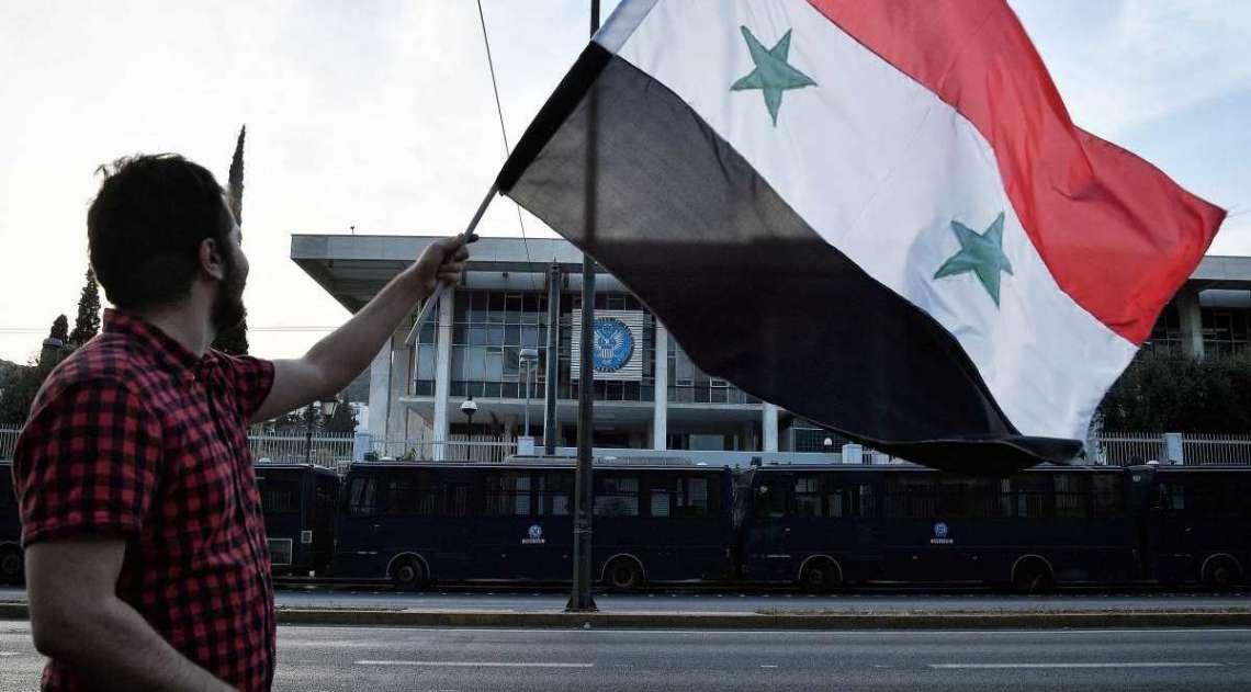 Defesa síria lança mísseis devido a alarme falso de ataque