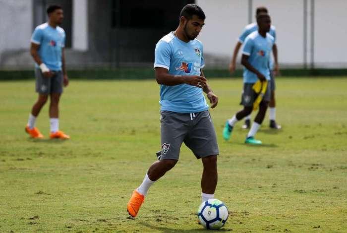 O equatoriano Sornoza vai comandar o meio de campo do Fluminense