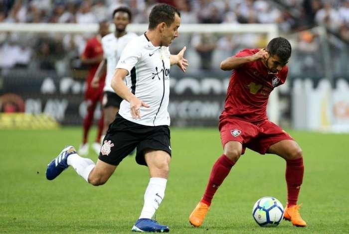 Partida entre Corinthians e Fluminense, pela abertura do Campeonato Brasileiro