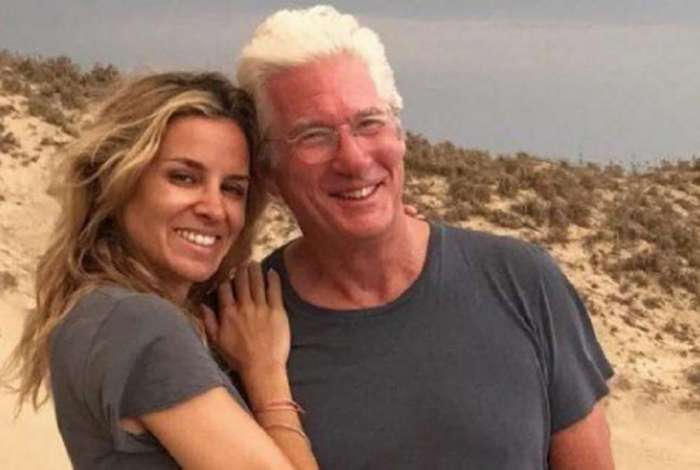 Alejandra Silva e Richard Gere v�o se casar em maio