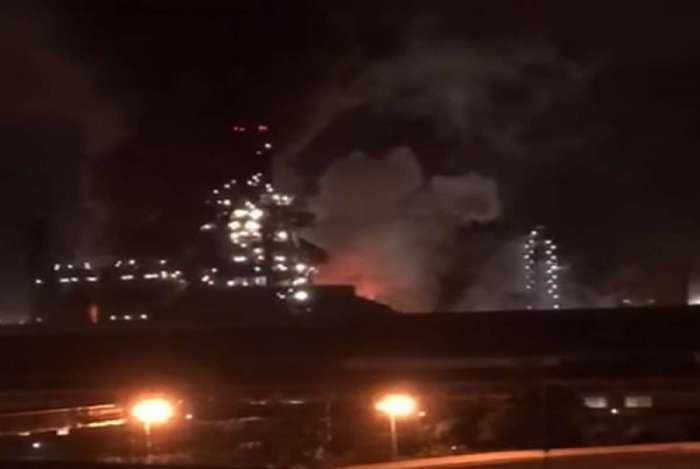 Falha em opera��o da CSN causa estrondo, fogo e assusta moradores de Volta Redonda