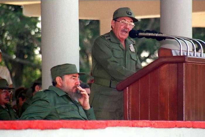 Cuba se prepara para o fim de seis d�cadas com a fam�lia Castro no poder