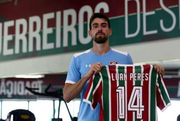 336e9e979a Fluminense anuncia a contratação do zagueiro Luan Peres O Dia ...