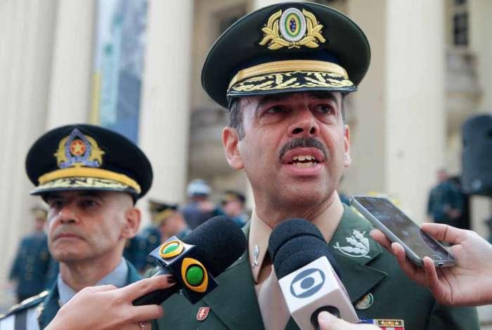 Para o secret�rio de Seguran�a, general Richard Nunes, convoca��o dos aprovados � prioridade