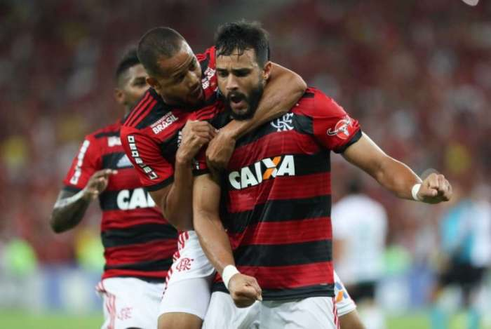Dourado foi decisivo para o Flamengo