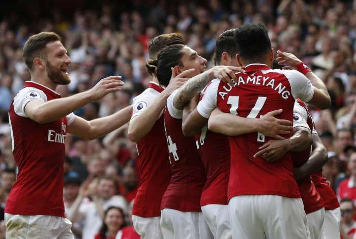 Arsenal bateu o West Ham por 4 a 1