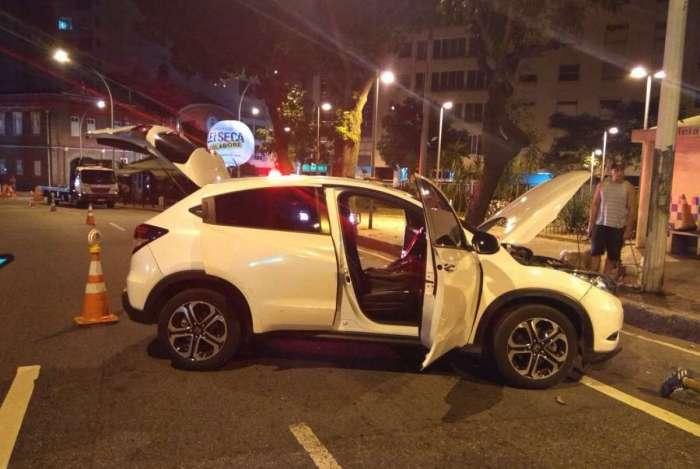 Cinco homens foram presos com carro roubado em blitz da Lei Seca