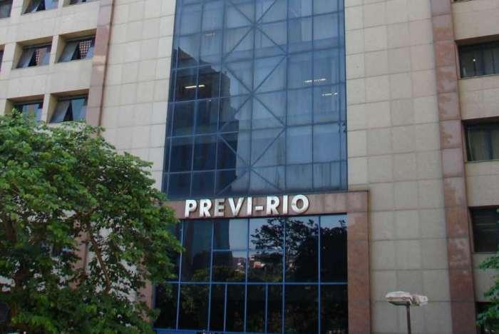 Equipe do Previ-Rio estuda medidas que têm que ser definidas com a Secretaria Municipal de Fazenda
