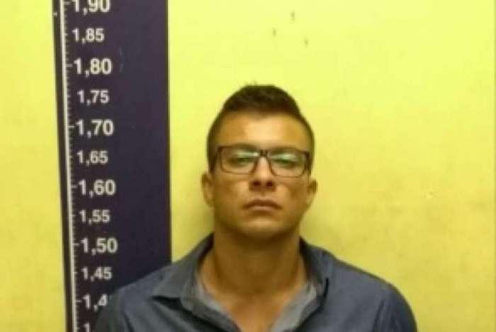 Motorista que atropelou tr�s jovens na Barra, matando um deles, se entregou � pol�cia