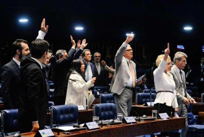 O texto, que segue para a C�mara, teve o relat�rio favor�vel da senadora Marta Suplicy (MDB-SP)