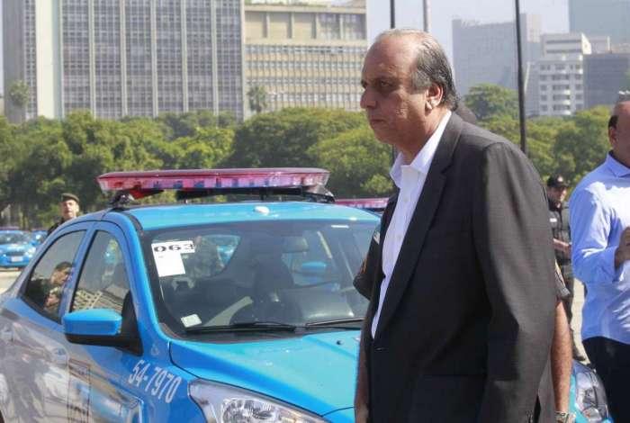 Governador Luiz Fernando Pezão participou da entrega das novas viaturas
