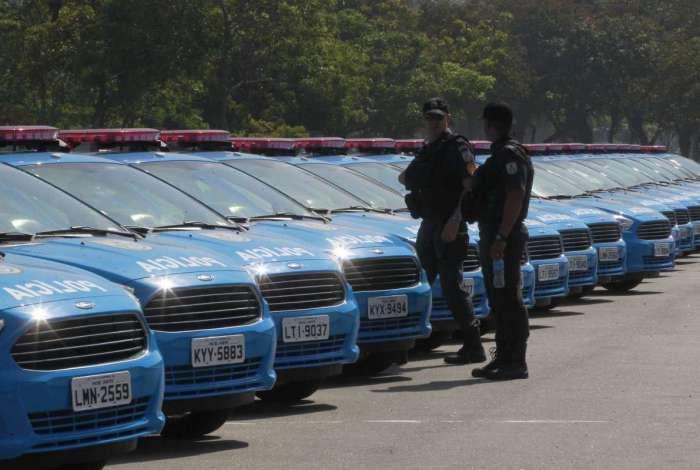 De um total de 3.102 viaturas da PM, 1.350 estão baixadas com problemas prejudicando o patrulhamento